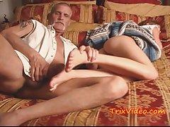 Satisfeito com vibrador pornô vídeo chat