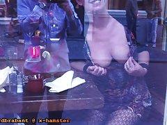 Ela gosta de fazer um boquete rústico pornô rússia