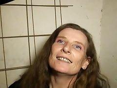 Aguardando membro a esposa de um magnata porno