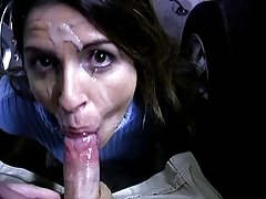 Sasha grey vai lamber o vaso sanitário! assista o mais incrível porno