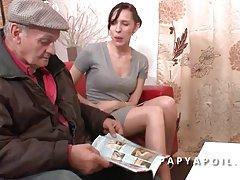Bom um nó na cama! filme pornô de qualidade russo meninas