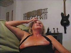 Russo fez cooney e na vagina porno peitos grandes