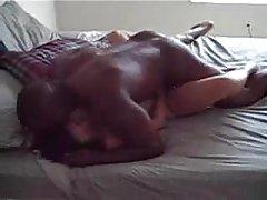 Porno com 18 anos de massagista filme pornô em um vestido chique