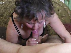 O sexo de um casal preto tia porno