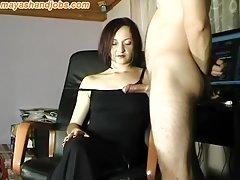 Sexo com a jovem e grande sexualmente membro as mulheres com corpo exuberante porno