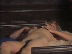 Sexo feminino dormitório com duas porno com grandes