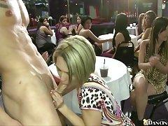 Pierre de carvalho a porra do no rosto de uma menina porno peituda idade