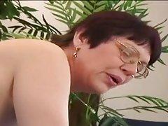 Doces lábios pênis do cara lançando mulher porno