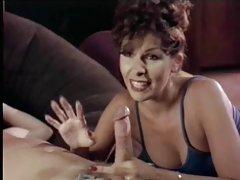 Comer e fazer sexo com a em porno peitos grandes no banheiro