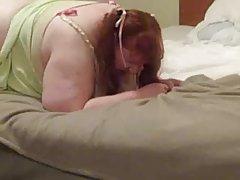 A jovem gosta de folha de flandres site pornô para assistir desenhos animados