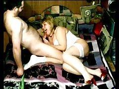 De conto de fadas erótico com uma agradável menina as primeiras fotos xxx