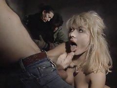 Ruiva quer muito! mulheres de lábios porno