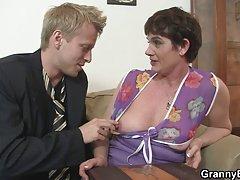 Sexy babe perdeu a sanidade porno dominação alemã