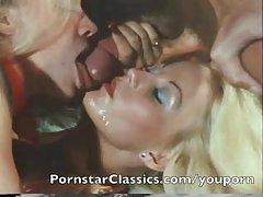 Сandy manson, relaxou e recebeu o orgasmo porno chupa com prazer
