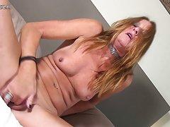 Pré-aqueça dildo russo pornô meninas assista