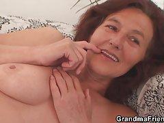 O encanador e sexy sogra russo porno