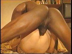 Novilha permite esticar as suas pernas pública de sexo porn humilhação