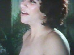 Gentil de sexo com uma graciosa menina feminino vídeo pornô online