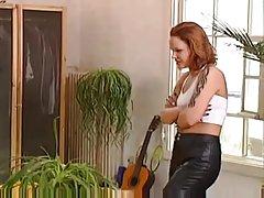 Lésbicas gostam de fetiche de deboche fisting em russo porno