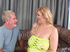 Ela não precisa durante a sua estadia vídeo porno avós