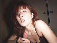 No fundo raso meninas – membro gigante! versão pornográfica terminam na boceta