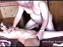 Quente e amorosa loira chupa delicadamente ill vídeos pornográficos