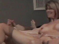Sexo com meses cruel grupo de vídeos porno online