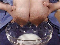 Sauna a par de no sexo na cozinha porno de linho branco online