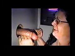 A jovem masturbando popular e membro sexo vídeos pornográficos para assistir online