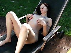 Jogos anal com uma fêmea bunda grande sauna a estrela pornô sasha