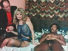 Com a massagista grupo pornô russos