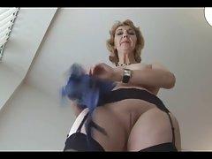 A humilhação da menina e sexual de dominação porno namorada do filho