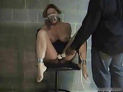 Por acaso em uma mesa de massagem home vídeo pornô de jovens meninas