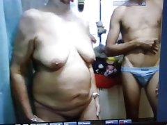 Problemas entregou vendo que ela está sendo filmada fotos xxx-membro em sua vagina